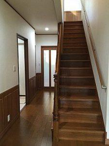 階段・ローカ
